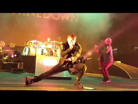 Shinedown - Bully Birmingham Alabama 05 / 16 / 2018