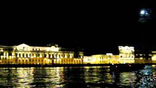 Ночная прогулка по Неве - www.peterburgirl.ru(, 2011-10-16T20:14:47.000Z)