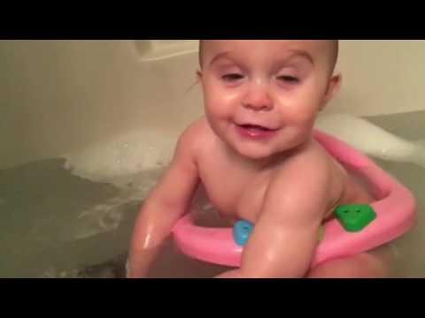 baby bath time youtube. Black Bedroom Furniture Sets. Home Design Ideas