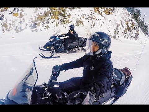 Yellowstone National Park Snowmobile Tour