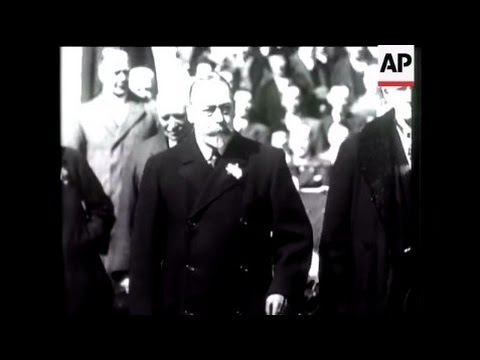 Britain Mourns King George V  - 1936 - Long Live His Memory - In Memorium of King George V.
