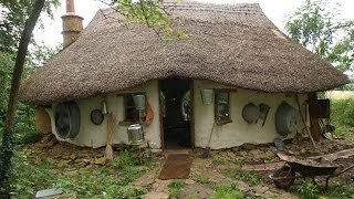 Hobbit Style Eco Friendly House Built From Scratch For Just £150