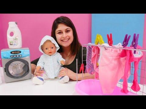 Ayşe Gül'e kıyafet alıyor. Bebek bakma oyunları
