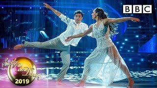 Gambar cover Karim and Amy Showdance to A Million Dreams by P!nk - The Final | BBC Strictly 2019