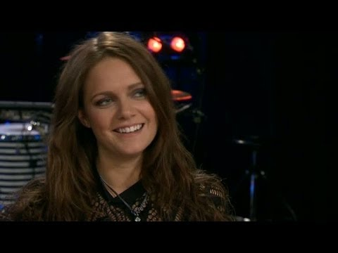 Hon lever drömmen - Tove Lo skriver låtar åt Max Martin och sig själv - Nyhetsmorgon (TV4)