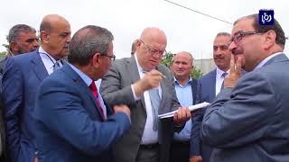 وزير الأشغال العامة والإسكان يتفقد سير العمل في عدد من المشاريع في محافظة عجلون - (17-5-2018)