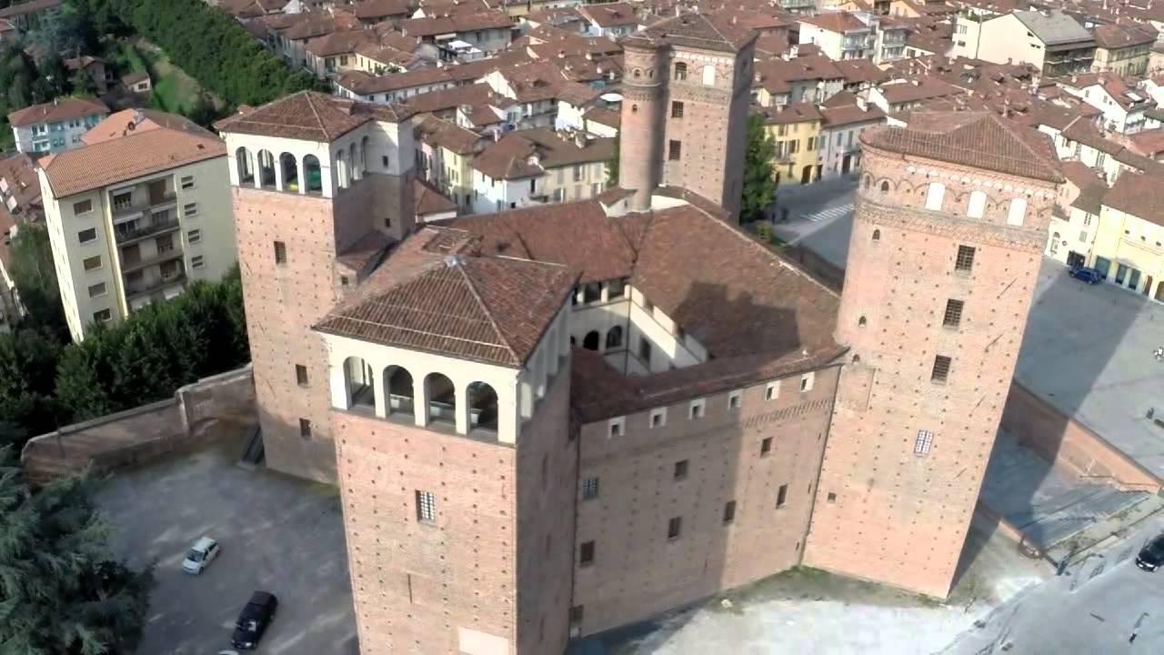 Castello degli Acaja a FOSSANO