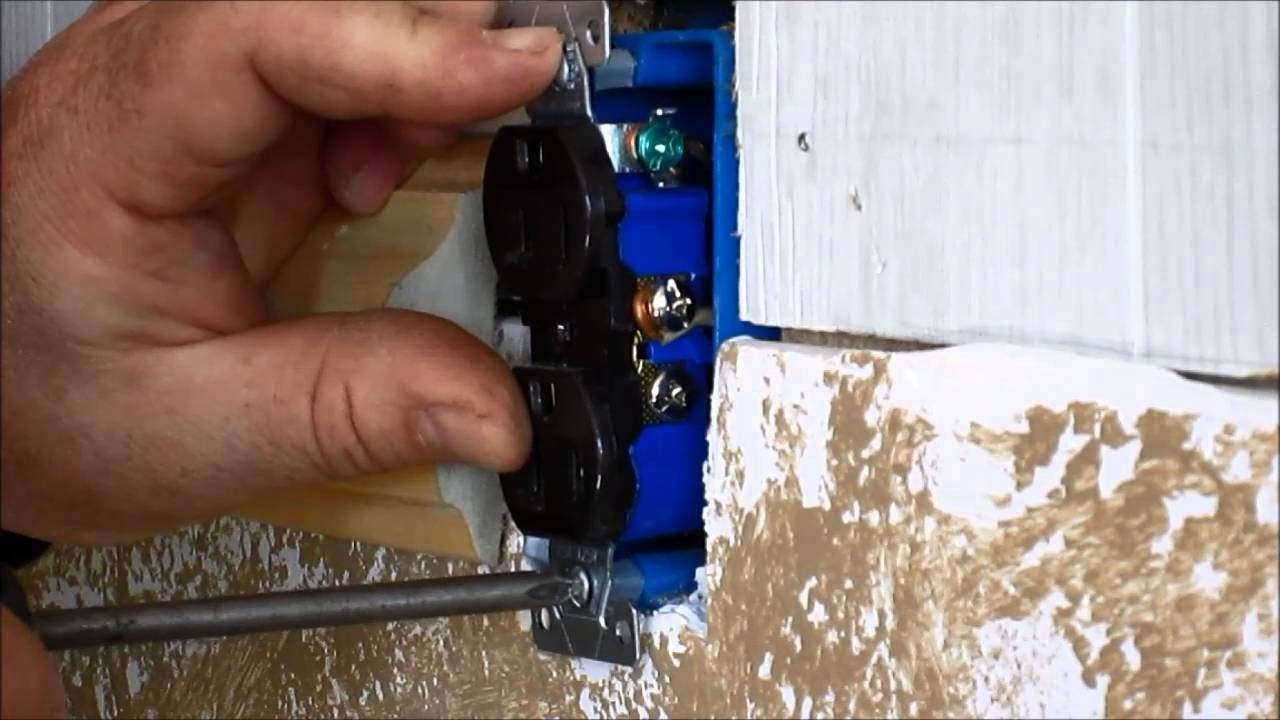 How To Fix Outlet Box: Repair outlet How to Fix Bad Recessed Outlets - YouTuberh:youtube.com,Design