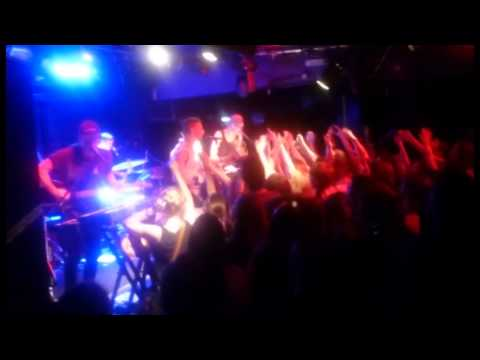 Bleachers : Full (nearly) performance at London Dingwalls on