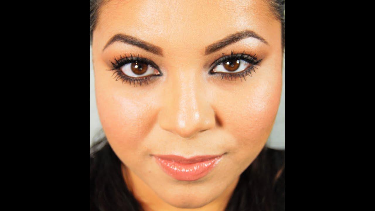 Como contornear e ilunminar los rostros redondos youtube for Cejas para cara ovalada