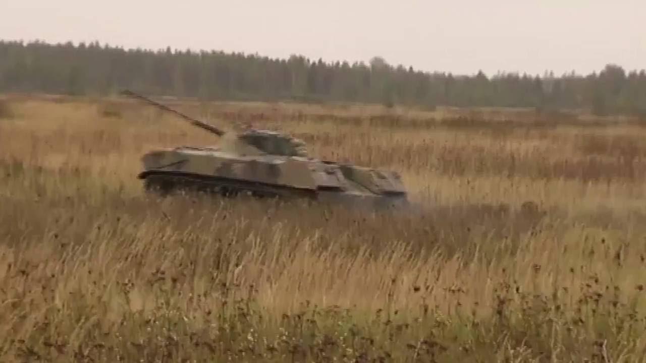 Byly publikovány záběry z bojové pohotovosti při vysazování armádní techniky ze vzduchu v Rusku