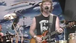 Watch Doobie Brothers Dark Eyed Cajun Woman video