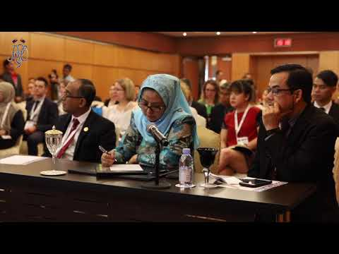 PERMAISURI OF JOHOR JOINS BREAK-OUT SESSION AT APAIE 2019