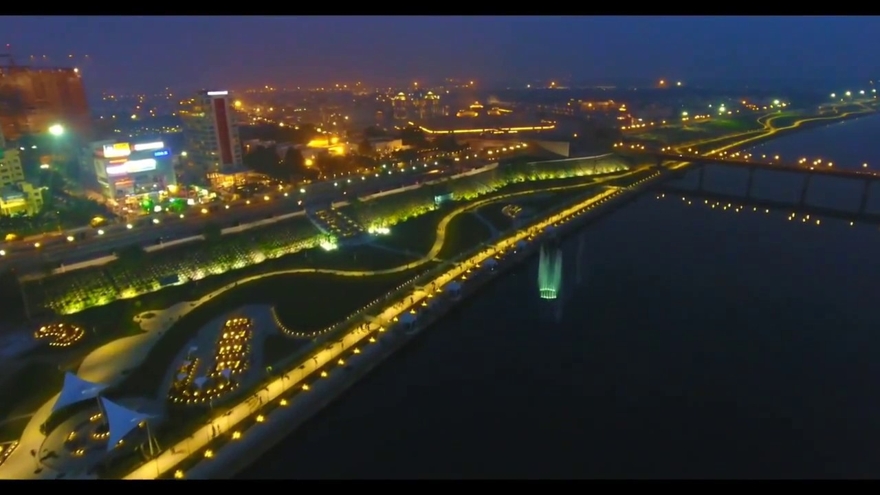 Gomti Riverfront Lucknow - YouTube