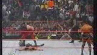 wwf kane returns to save the rock and the undertaker