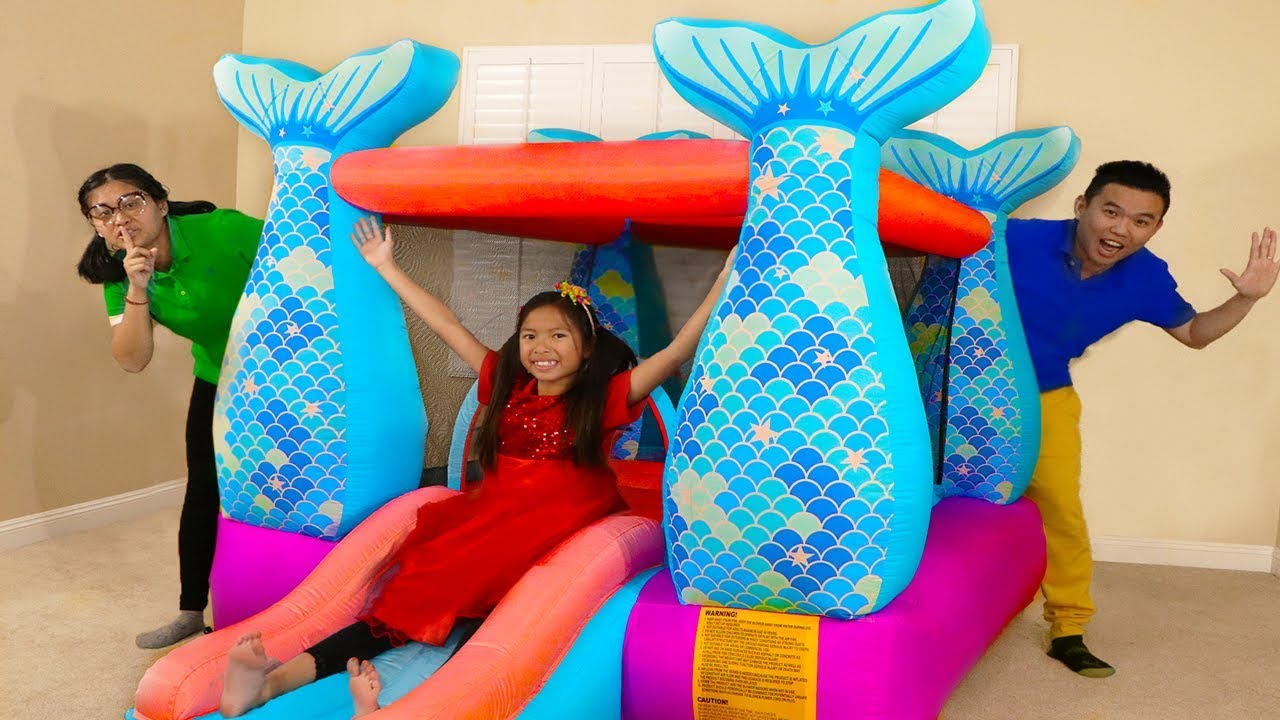 Wendy Pretend Play w Giant Mermaid Castle Inflatable Jumping Bouncer