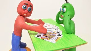 Green & Red Baby MAGIC CARD TRICKS - Stop Motion Cartoons For Kids