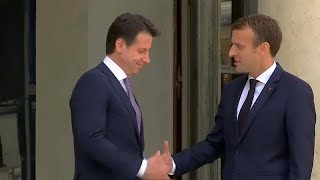 Salvini: Italienische Terroristen trinken in Frankreich Champagner, statt in Italien im Gefängnis zu