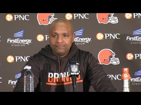 Browns' Hue Jackson tired of getting 'butt kicked' at 0-12