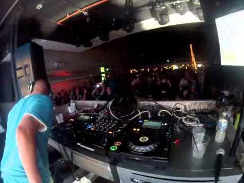 DANIEL MENDEZ Live @ Clevelander Miami WORLD TOWN INC. WMC Closing Party