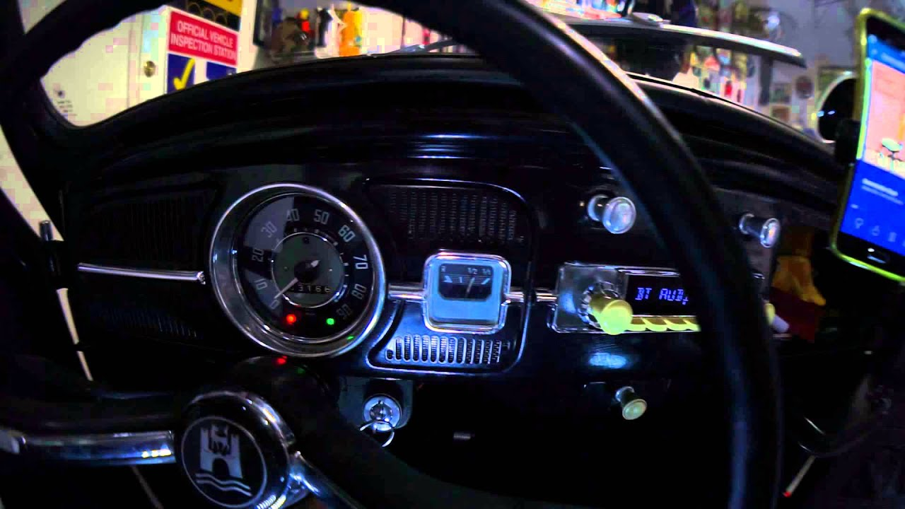 RetroSound Stereo in a Volkswagen Beetle
