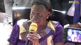 Déclaration de Simone Gbagbo face à la presse et aux militants du FPI à sa sortie de prison thumbnail