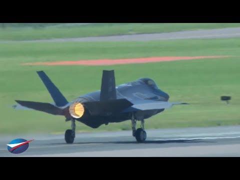 F-35 Joint Strike Fighter Lightening II Demo - Paris Airshow Display 2017