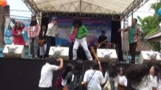 The Babeh Bens live at SMK Yadika 4 Ciledug