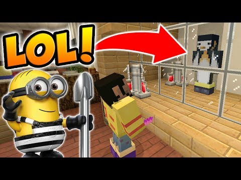 HIDING BEHIND A GLASS WALL IN MINECRAFT HIDE AND SEEK! (Despicable Me 3 Movie Themed)