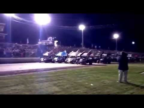 World of Outlaws 4-wide @ Rolling Wheels Raceway 2013