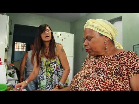 ALEXANDRINA FAZ SALADA DE MACARRÃO AL DENTE