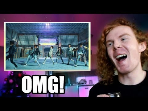 AUSTRALIAN REACTS TO BTS FAKE LOVE!!! (I'm in love)