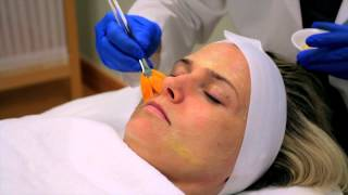 How Estheticians Clean Pores : Skin Care Topics