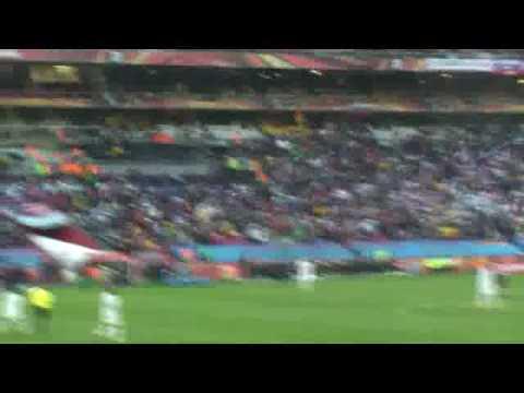 usa-soccer-vs-slovenia---donovan-scores