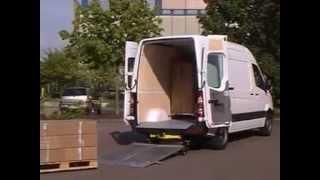 Гидроборт Bar Cargolift. Загрузка паллет(Гидроборт Bar Cargolift. Загрузка паллет http://www.bestkran.ru/gidroborta/bar1/gidrobort-bar-cargolift-video., 2013-01-09T15:17:42.000Z)