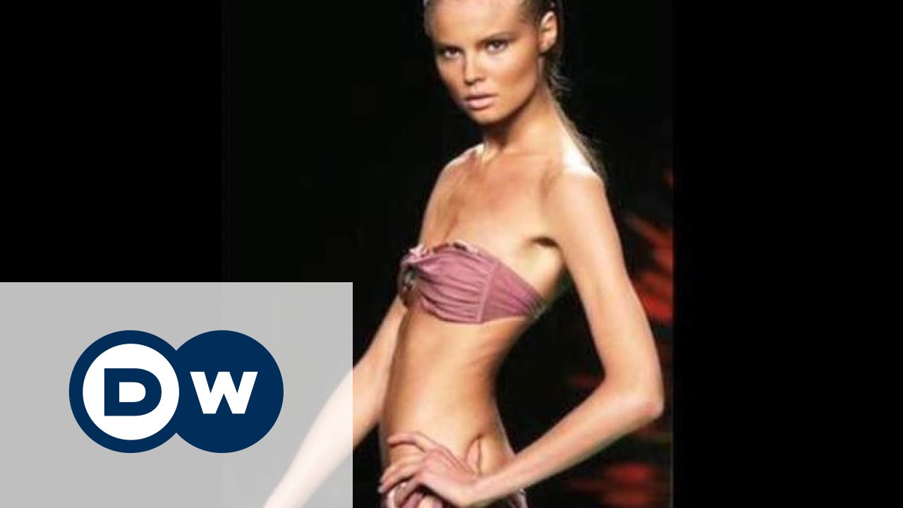devushki-topless-modeli-partoy