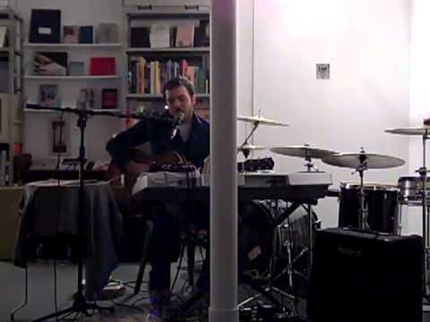 Tom Leslie - We're Alone (Live)