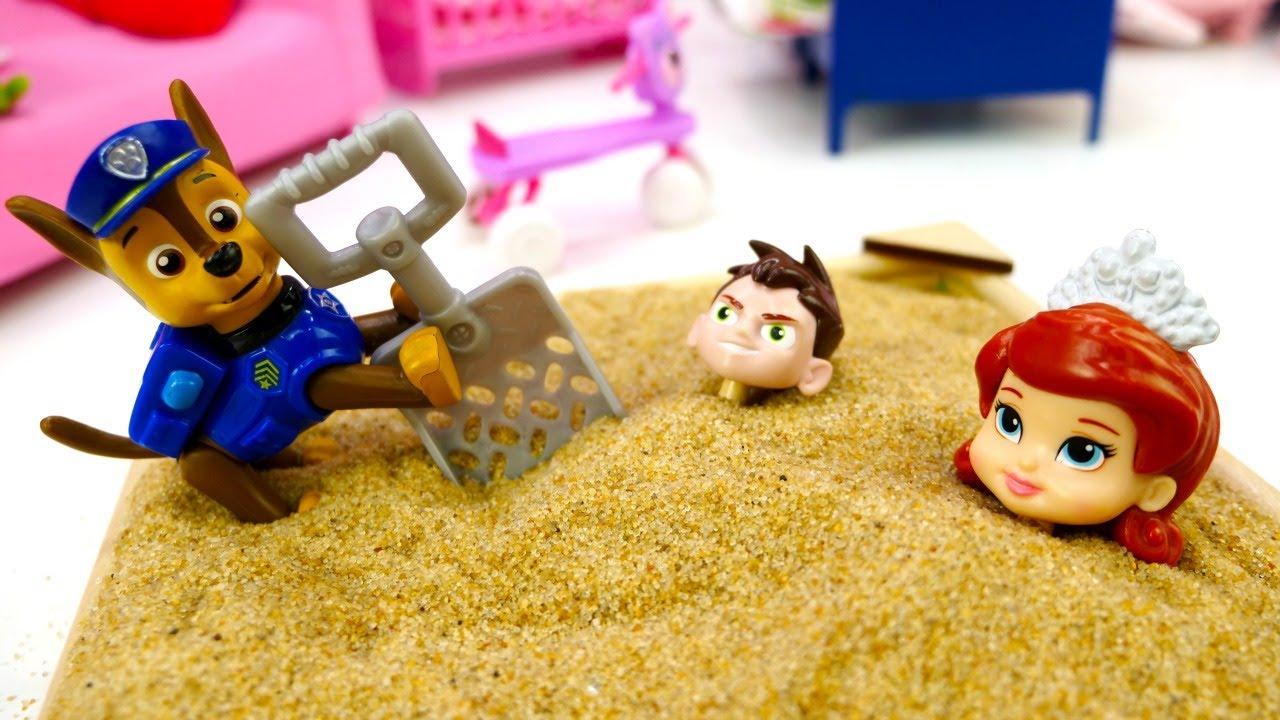 Тайная жизнь игрушек - Машины сказки для детей - Макс и Дюк готовят пирог