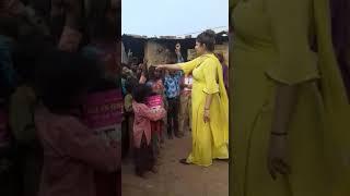 sach-foundation-founder-sunita-sharma-with-rural-area-children