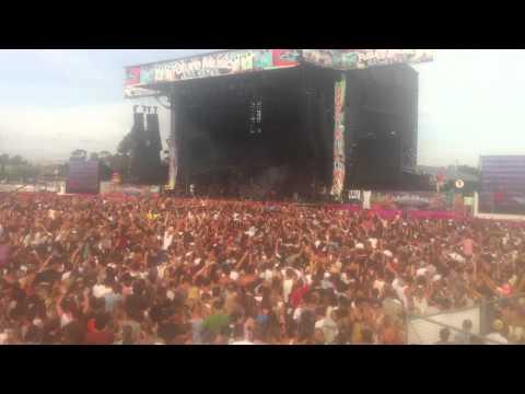 Skrillex Levels LIVE Melbourne 2012 Future Music Festival