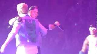 Cody Simpson - So Listen [with Justin Bieber] @ Paris, Bercy