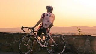 Zapętlaj Swim. Bike. Run. | YaleCampus