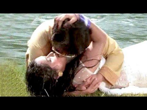 KISSING SCENES - किसिंग सिन 2017 - Dinesh Lal Yadav