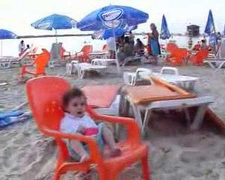 Emma à la plage