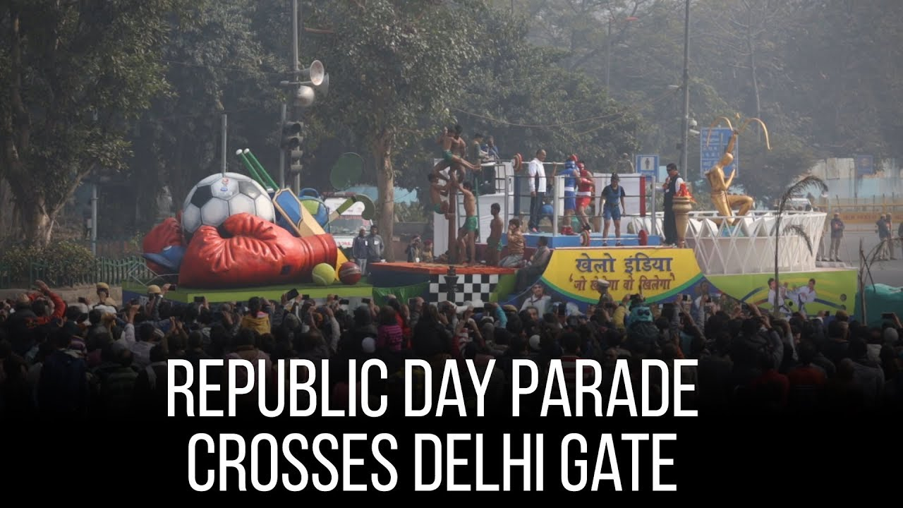 Republic Day Parade Crosses Delhi Gate