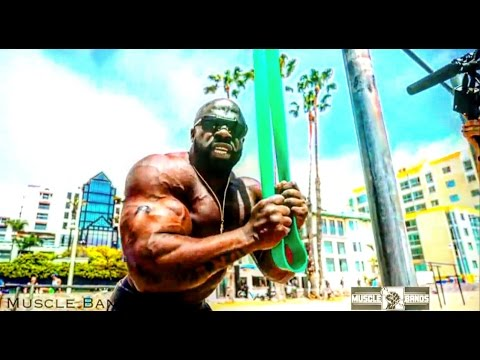 TRICEP WORKOUT w/Muscle Bands (Santa Monica Beach)