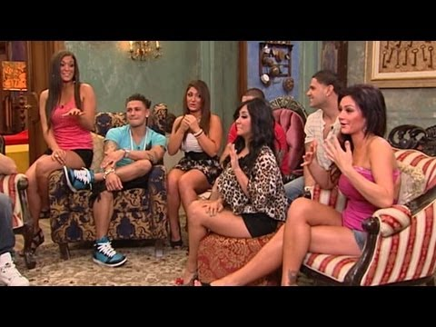 'Jersey Shore' In Italy Interview: Snooki On Car Accident, The Situation On 'Smoosh Rooms'