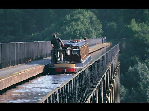 Walking and Barging the Pontcysyllte Aqueduct, Llangollen Canal