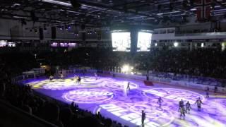 Go stemning før kampen i DNB Arena. Oilers-VIF
