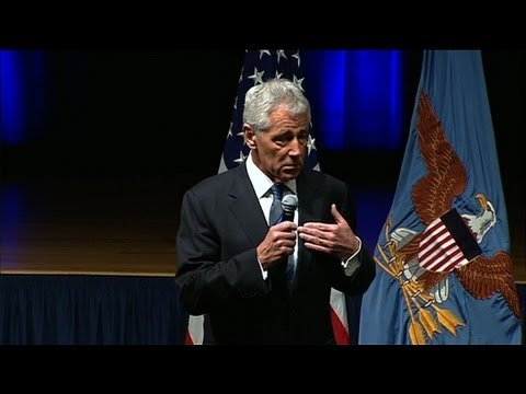 Hagel takes the helm at Pentagon